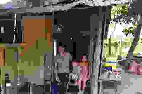 Hai cha con sống cảnh đau đớn do không tiền phẫu thuật