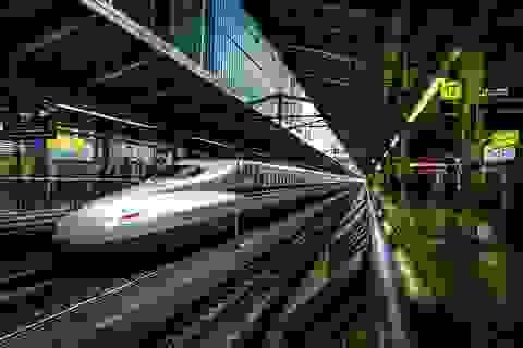 """""""7 phút"""" và câu chuyện đáng khâm phục trên mỗi chuyến tàu cao tốc Nhật Bản"""