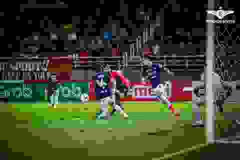 Văn Lâm chơi tốt,  Muangthong United vẫn thua trận thứ hai ở Thai-League