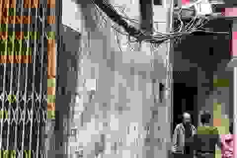 Vụ thầy bói chém nhà hàng xóm: Người mẹ vừa mới sinh con 18 ngày tử vong