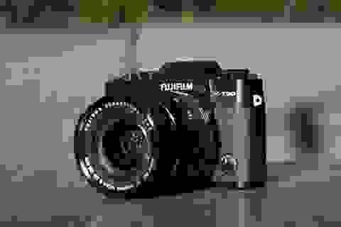 Fujifilm X-T30 lên kệ từ giữa tháng 3, giá 21,9 triệu đồng ở Việt Nam