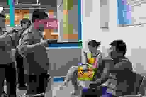 """Dạy luật cho bác sĩ Trung Quốc để chống """"vẽ bệnh móc túi"""""""
