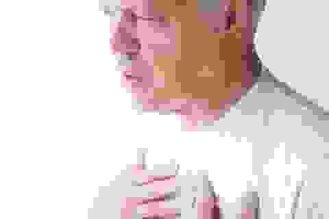 Khó thở, hụt hơi – Triệu chứng suy thận mà nhiều người không biết!