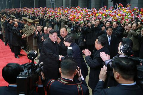 """Triều Tiên ca ngợi chuyến đi của ông Kim Jong-un tới Việt Nam """"làm rung chuyển thế giới"""""""