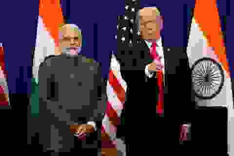 """Ông Trump """"đánh tiếng"""" ngừng ưu đãi thương mại với Ấn Độ"""