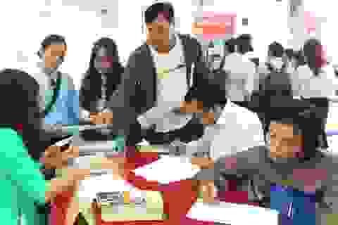 Hà Nội: Hơn 30 % chỉ tiêu tuyển dụng có lương trên 10 triệu đồng