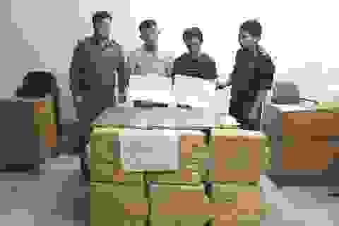Đang tuồn 60 vạn viên ma túy và 36 bánh heroin vào Việt Nam thì bị bắt giữ