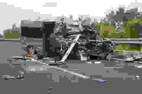 Vụ tai nạn xe Limousine khiến 2 người chết: Yêu cầu kiểm tra, xử lý trách nhiệm