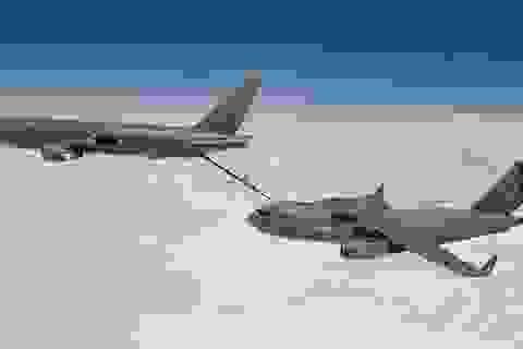 """Không quân Mỹ từ chối nhận """"trạm nhiên liệu bay"""" KC-46 từ Boeing vì dính rác"""