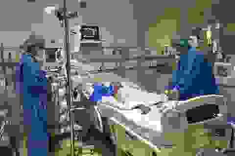 """Lần đầu tiên Việt Nam thực hiện """"chia"""" 1 lá gan hiến để ghép cho hai người"""