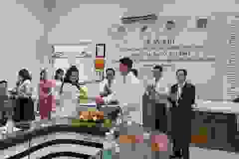 Đà Nẵng tiếp nhận Quỹ điều trị tim bẩm sinh và não ủng thuỷ cho trẻ em nghèo