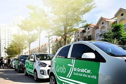 """Doanh nghiệp Việt """"ngấm đòn"""" từ taxi công nghệ"""