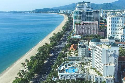 Khánh Hoà công khai 22 khách sạn chưa đủ điều kiện cư trú ở Nha Trang
