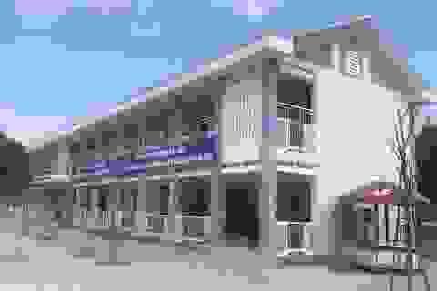 Quảng Ngãi: Trường mầm non tiền tỷ mới sử dụng đã hỏng