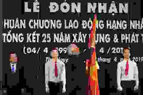 Đại học Thái Nguyên đón nhận Huân chương lao động hạng Nhất