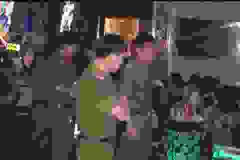"""""""Đột kích"""" quán karaoke, phát hiện 45 thanh niên dương tính với ma túy"""