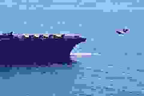 Tàu chiến Mỹ nghi xuất hiện gần bãi cạn tranh chấp trên Biển Đông