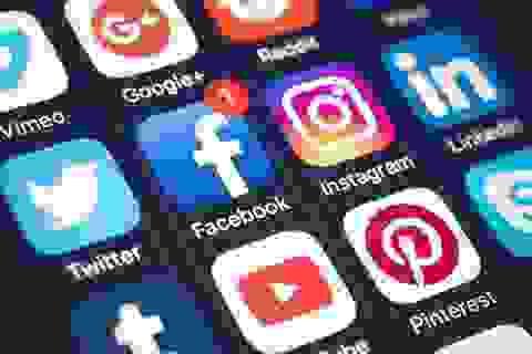 """Lập trình viên """"huyền thoại"""" gọi Facebook, Instagram và Twitter là... dịch bệnh"""