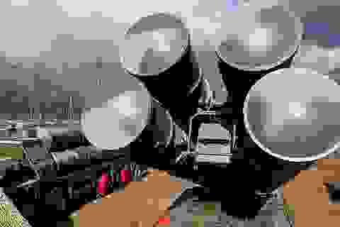 """Bất chấp Mỹ cảnh báo, Thổ Nhĩ Kỳ tính mua thêm """"rồng lửa"""" S-400 của Nga"""