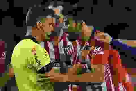 Xúc phạm mẹ trọng tài, Diego Costa lĩnh án treo giò 8 trận
