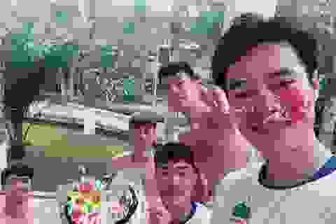 """Văn Toàn bị Xuân Trường công khai """"bóc phốt"""" vào ngày sinh nhật"""