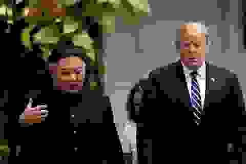 """Ông Trump khoe nhận thư """"tốt đẹp"""" từ ông Kim Jong-un"""