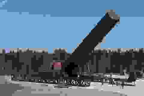 """Chuyên gia Nga nêu sức mạnh tên lửa """"xé nát mọi hệ thống phòng thủ"""""""