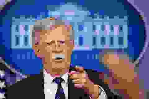 """Mỹ tiếp tục """"giáng đòn"""" trừng phạt Cuba vì ủng hộ Venezuela"""