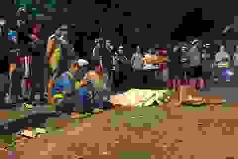 """Hiện trường tan hoang vụ """"xe điên"""" tông hàng loạt người và phương tiện trên phố Hà Nội"""