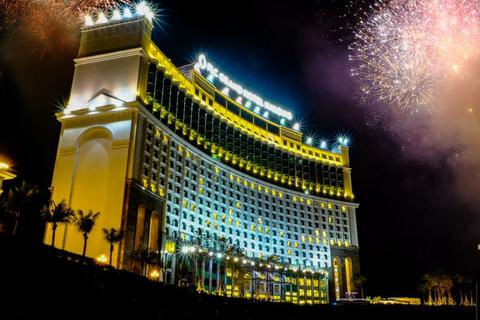 Háo hức chờ đón trình diễn pháo hoa ấn tượng tại Carnaval Hạ Long 2019