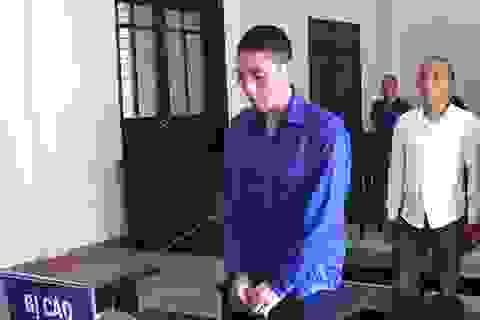 Phạt tù người cha ngáo đá kéo con lên mái nhà rồi làm rơi xuống dưới