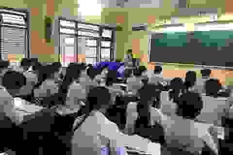 Quảng Ngãi: Vướng quy định, hàng trăm giáo viên không được thanh toán lương