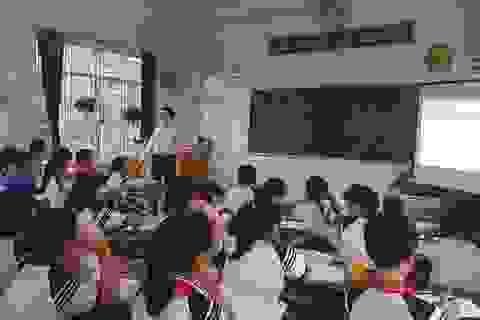 Quảng Ngãi: Sẽ đề nghị kho bạc cho thanh toán lương đối với giáo viên hợp đồng