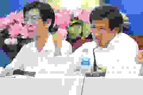 TPHCM: Ông Đoàn Ngọc Hải thuyết phục cư dân rời chung cư sắp sập