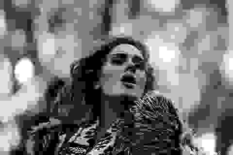 Người hát những bản tình ca day dứt nói gì về tình yêu?