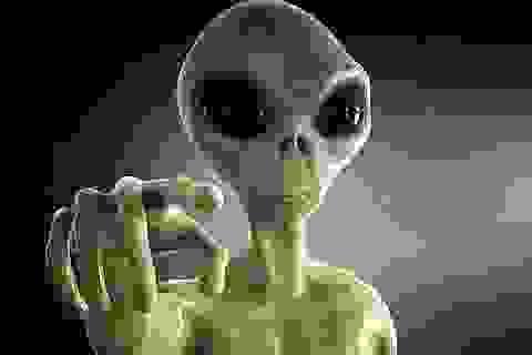 Giảng viên Oxford: Người ngoài hành tinh đang lai giống với con người