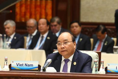 Thủ tướng Nguyễn Xuân Phúc nêu quan điểm quan trọng tại Bắc Kinh