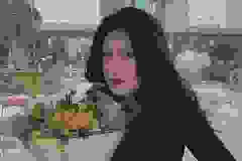 """Nữ du học sinh Việt được dân mạng ví như """"đẹp như tranh vẽ"""""""