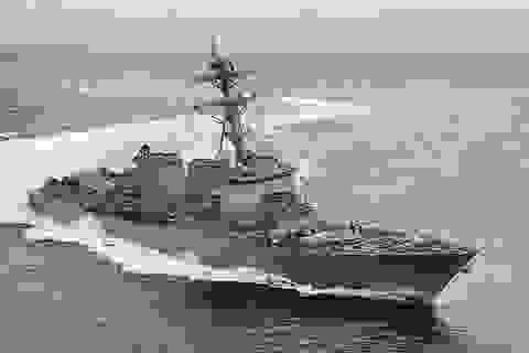Từ chối thao diễn hải quân ở Trung Quốc, Mỹ đưa tàu chiến qua eo biển Đài Loan