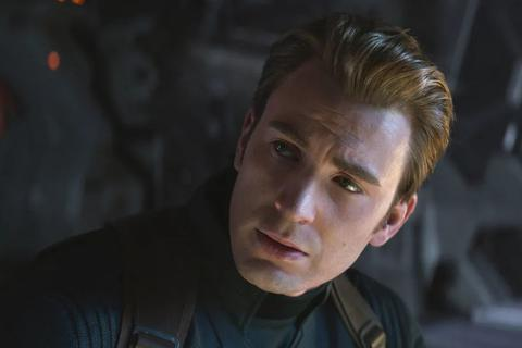 """Cảnh sát kiên nhẫn chờ nghi phạm xem xong """"Avengers: Endgame"""" mới... bắt giữ"""