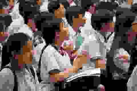 """Chỉ khoảng 17.000 học sinh TPHCM sẽ """"rớt"""" lớp 10 công lập"""