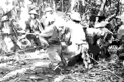"""""""Nhờ anh nói với cha mẹ em ở nhà: Em đã chiến đấu và hi sinh ở Điện Biên!"""""""