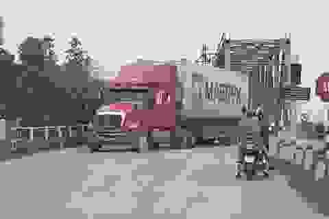 """Tai hoạ khôn lường trực chờ trên cây cầu """"độc nhất vô nhị"""" tại tỉnh Bắc Giang"""