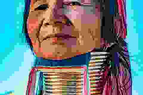 Bí ẩn đằng sau những chiếc cổ dài như hươu cao cổ của phụ nữ bộ tộc Myanmar
