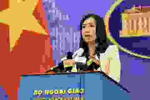 Việt Nam phản ứng việc Mỹ điều 2 tàu khu trục đến khu vực Trường Sa