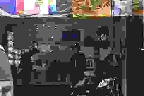 Công an khám xét các cửa hàng của Nhật Cường mobile