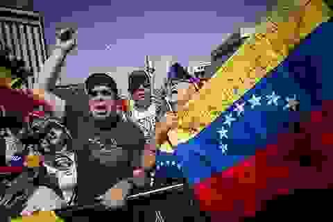 Suy tính của Nga, Mỹ và Trung Quốc trên bàn cờ Venezuela