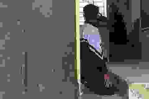 Giáo viên lên tiếng: Tôi phản đối phạt quỳ, nhưng…