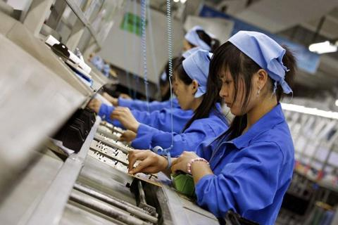 """Nhiều doanh nghiệp tháo chạy khỏi Trung Quốc, """"cơ hội vàng"""" cho thị trường Việt Nam"""
