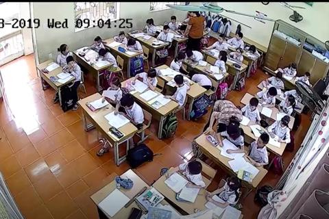 Học sinh bị bạo hành vì những biểu hiện... bình thường